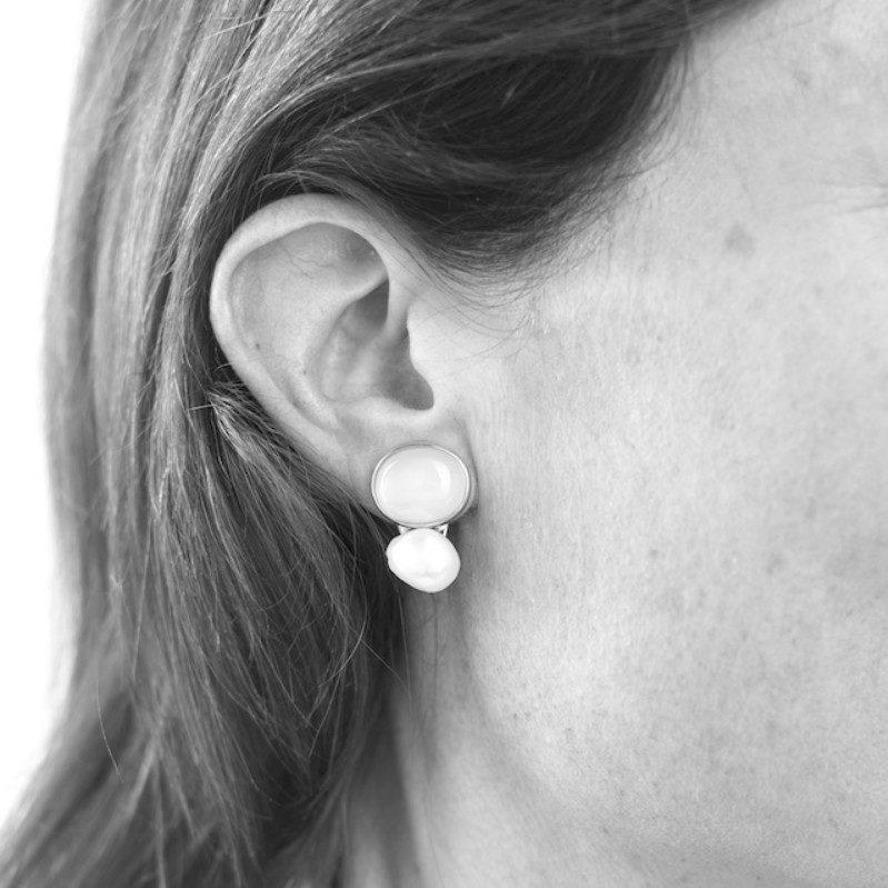 Melissa Lo Coco Cabochon Amethyst and pearl