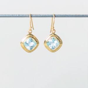 Melissa Lo Iris Earrings gold
