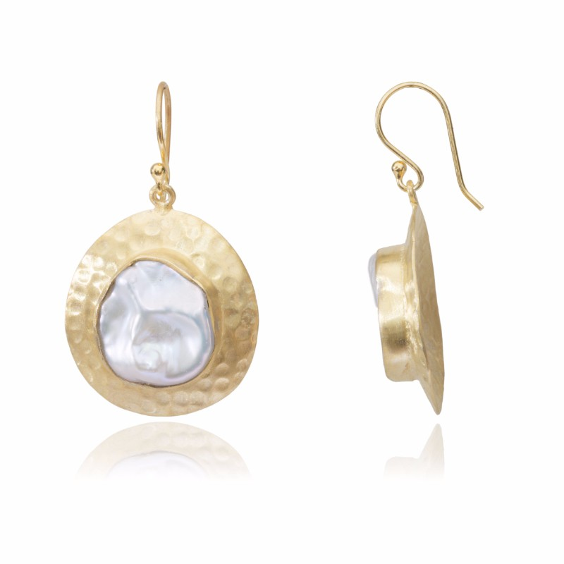 Melissa Lo Pax earring gold pearl side